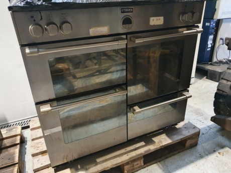 Stoves 4 Door Electric Oven with 6 Ring Hob