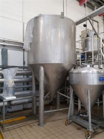 5,000 Litre Stainless Steel Conical Based Tank