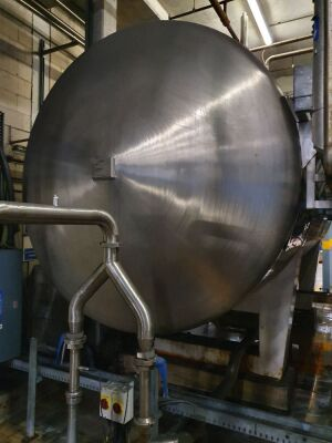 20,000 316 Stainless Steel Insulated Horizontal Tank