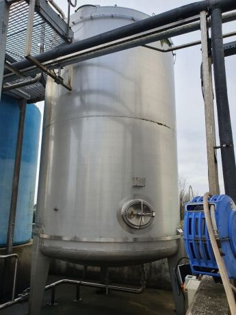 Sapphire 25,000 Litre 316 Stainless Steel Vertical Cylindrical Tank with Bottom Manway