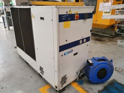 2007 TAE Evo 101 Package Chiller S/N 2200113636 Power 14kw