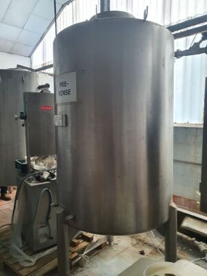 Stainless Steel 300 Gallon Single Skin Tank - 2450mm x 1100mm Diameter